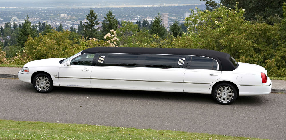 Bel Air Lincoln Limo